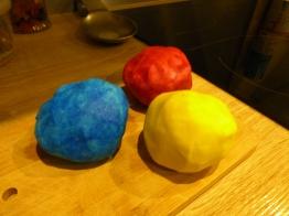 colorants alimentaires pâte à modeler