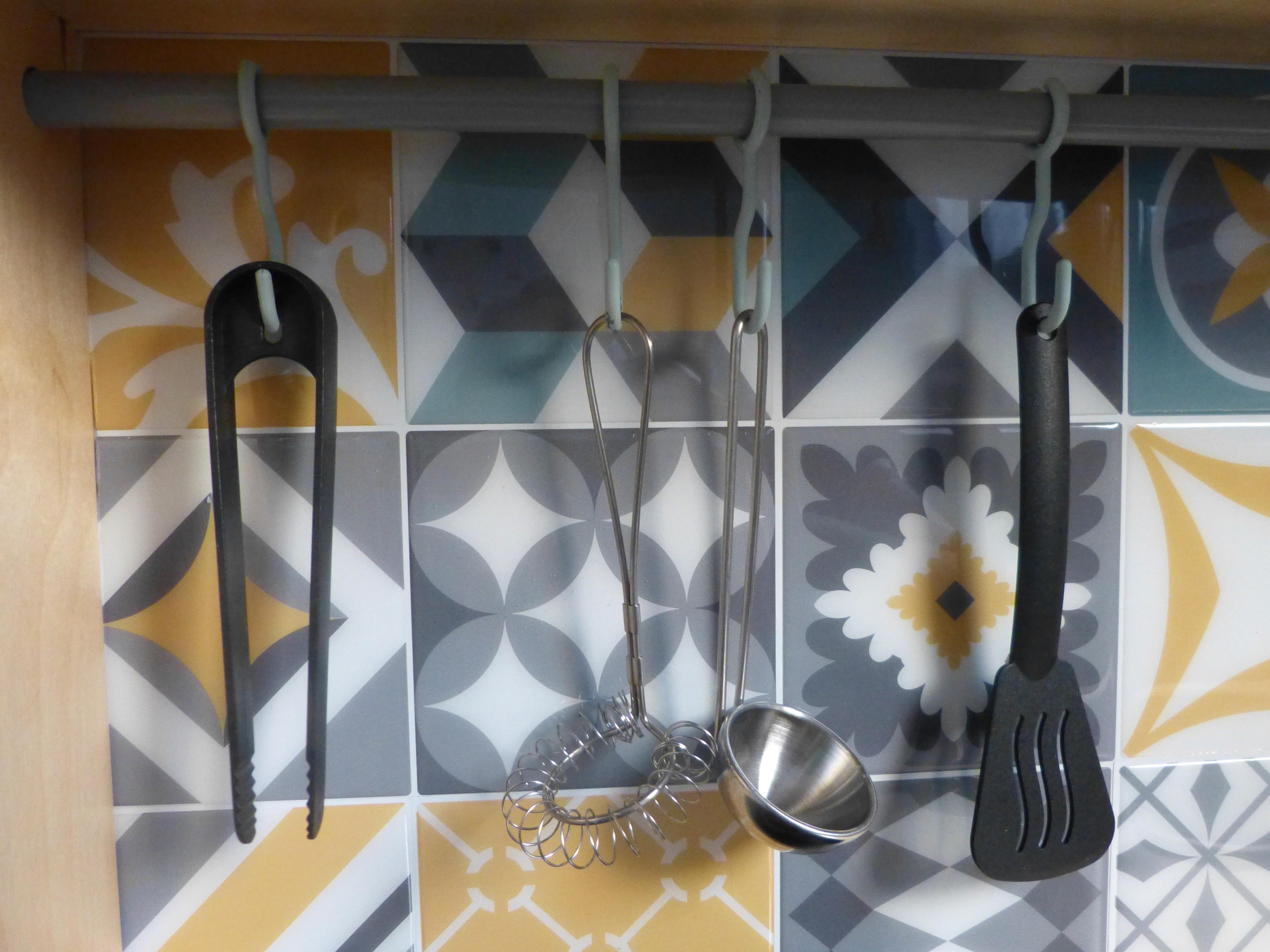 customiser ma cuisine en bois pour enfant ikea duktig. Black Bedroom Furniture Sets. Home Design Ideas