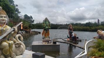 lac sacré ile maurice